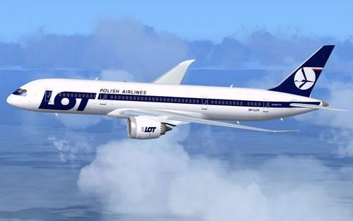 самолет Polish Airlines